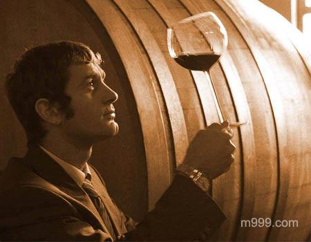 品尝葡萄酒-美酒在线